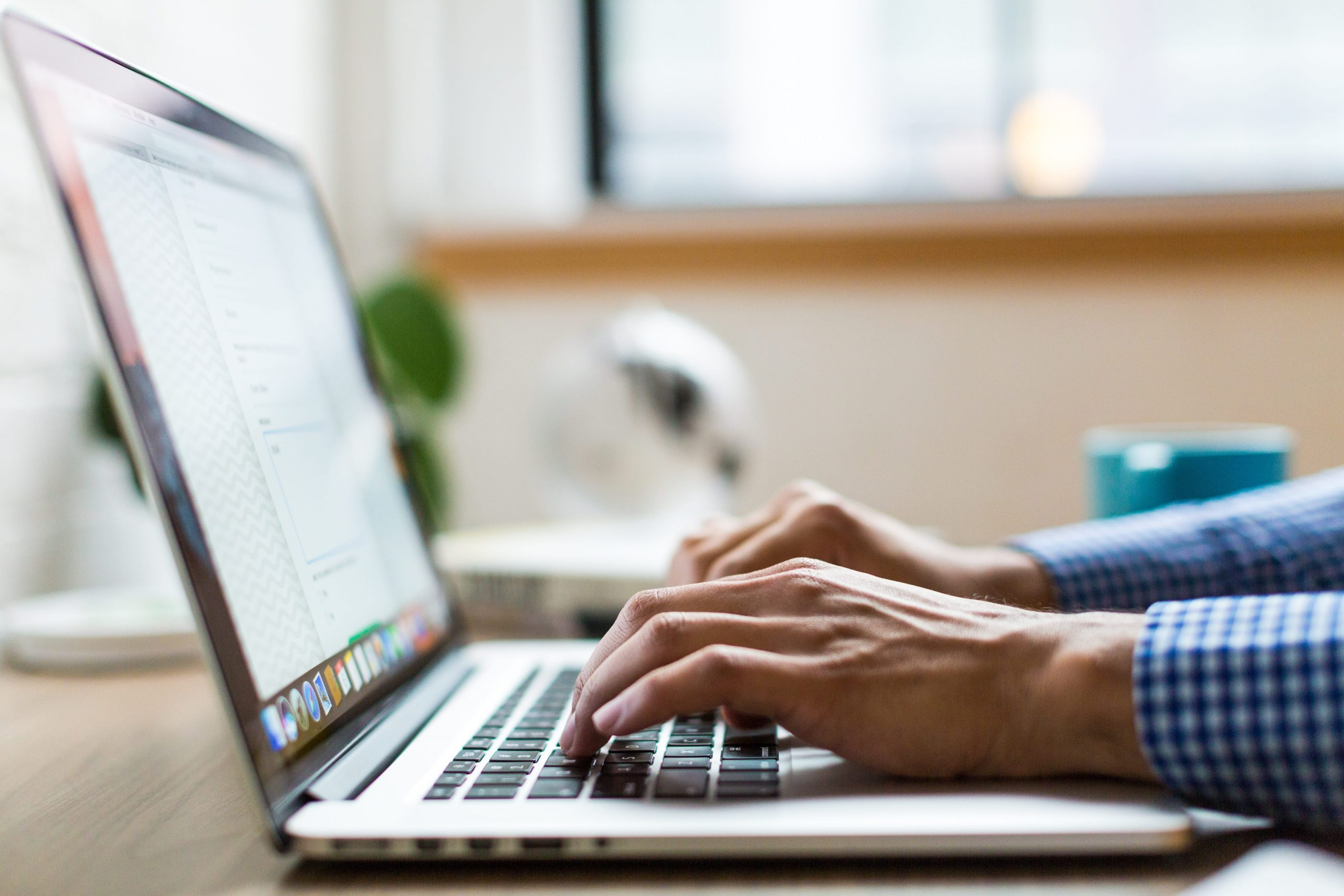 écrire-sur-ordinateur
